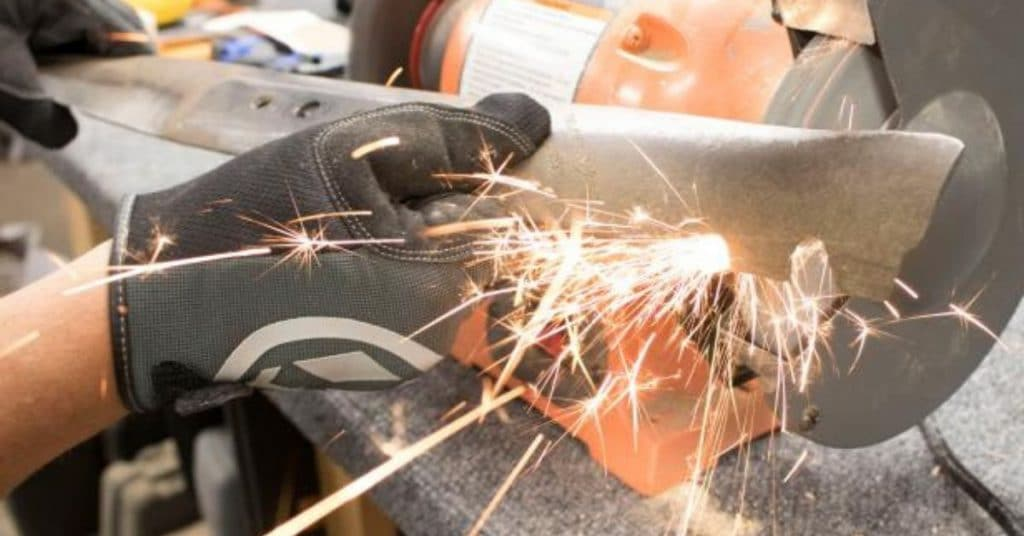 How to Sharpen Lawn Mower Blades - A Definitive Guide 6