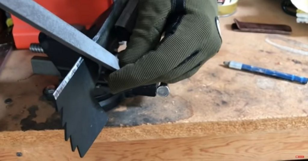 How to Sharpen Lawn Mower Blades - A Definitive Guide 5